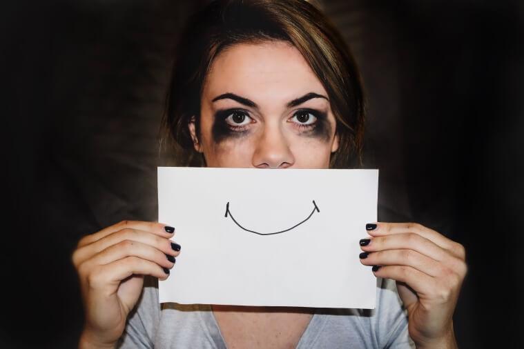 Послеродовая депрессия — это диагноз